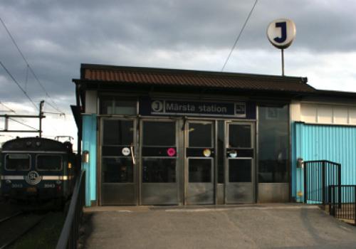 Märsta pendeltågstation